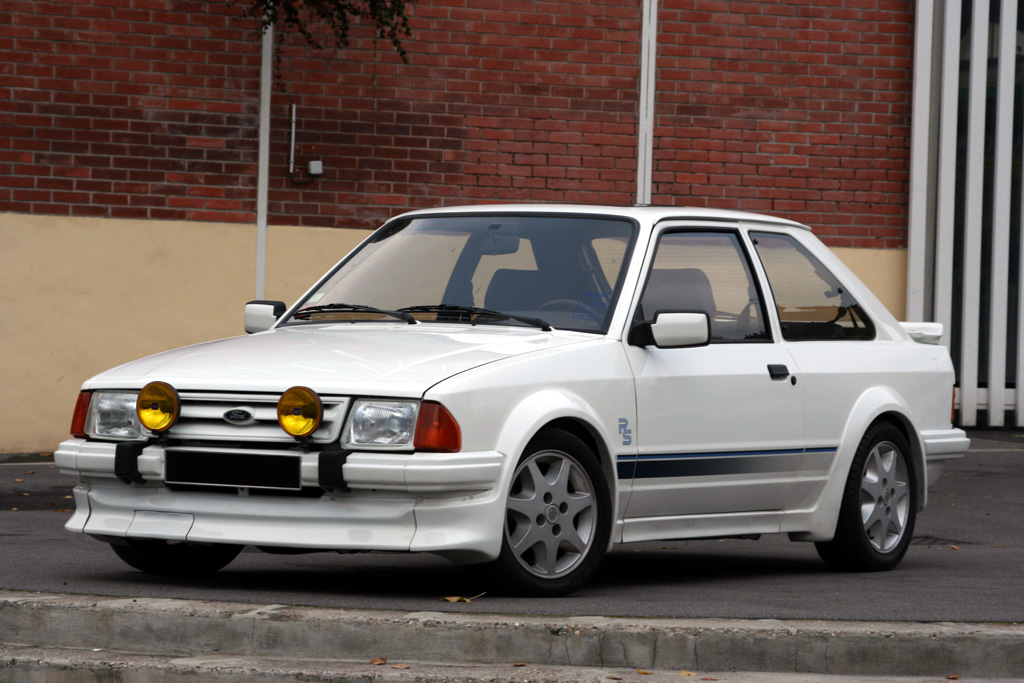 http://auto.sport.free.fr/photo/FORD-escort-rs-turbo-4325.jpg
