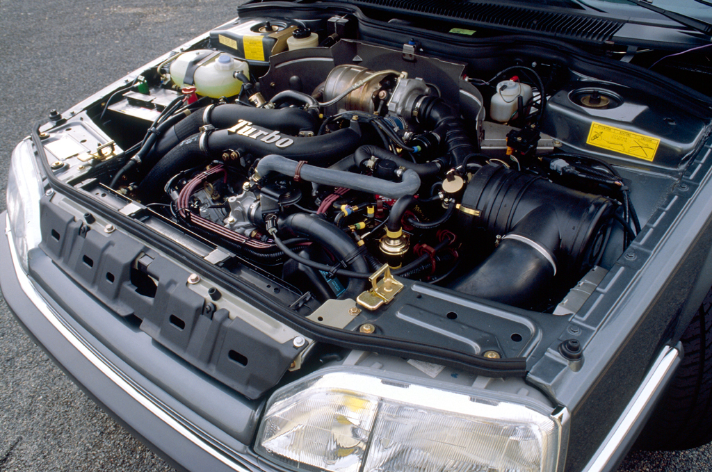 /photo/RENAULT-25-v6-turbo-baccara-4083.jpg