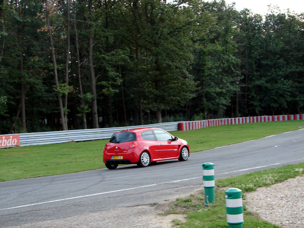 /photo/RENAULT-clio-3-rs-2636.jpg