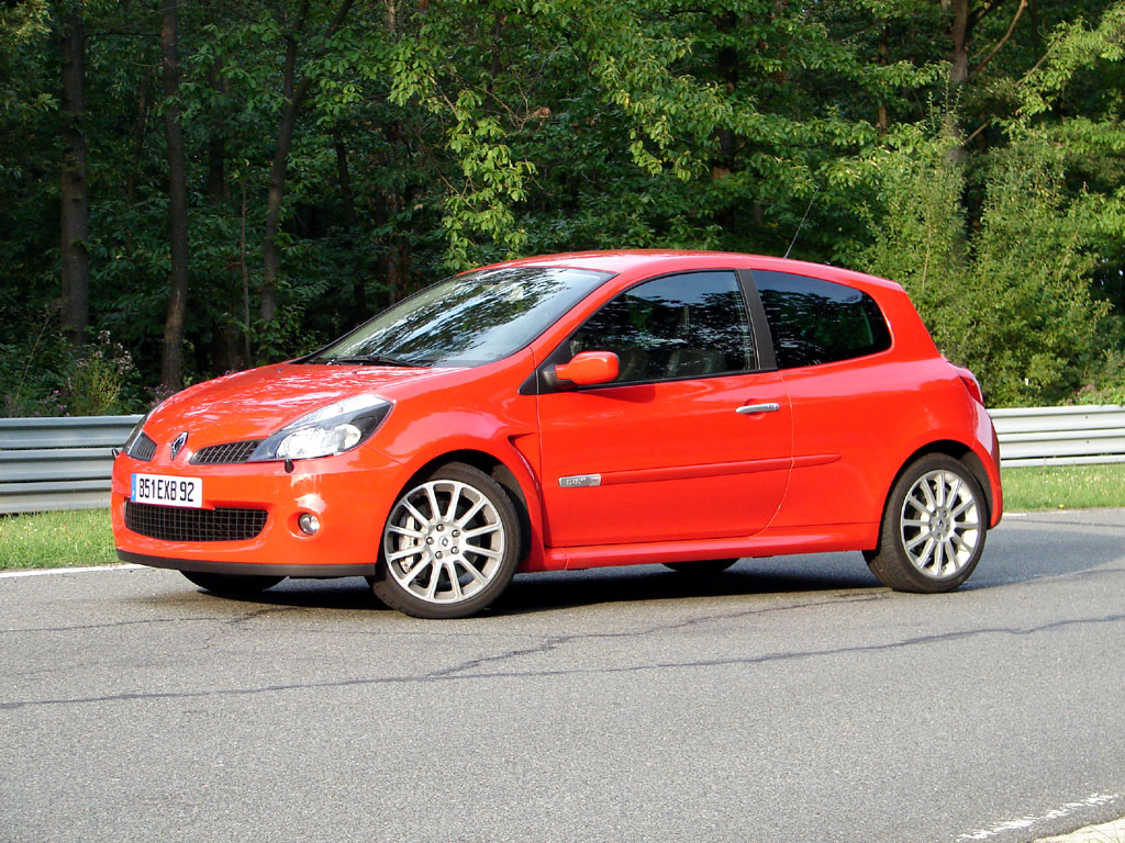 /photo/RENAULT-clio-3-rs-2647.jpg