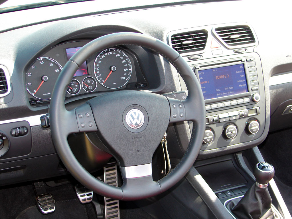 /photo/VOLKSWAGEN-eos-2.0-fsi-2236.jpg