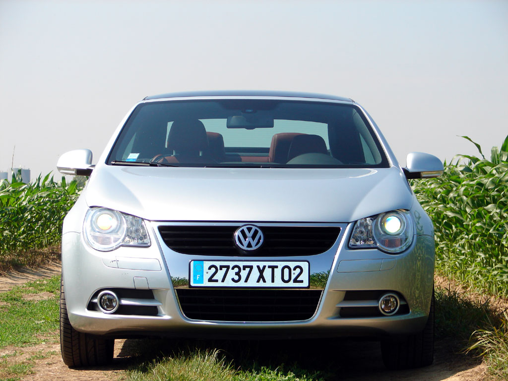 /photo/VOLKSWAGEN-eos-2.0-fsi-2263.jpg