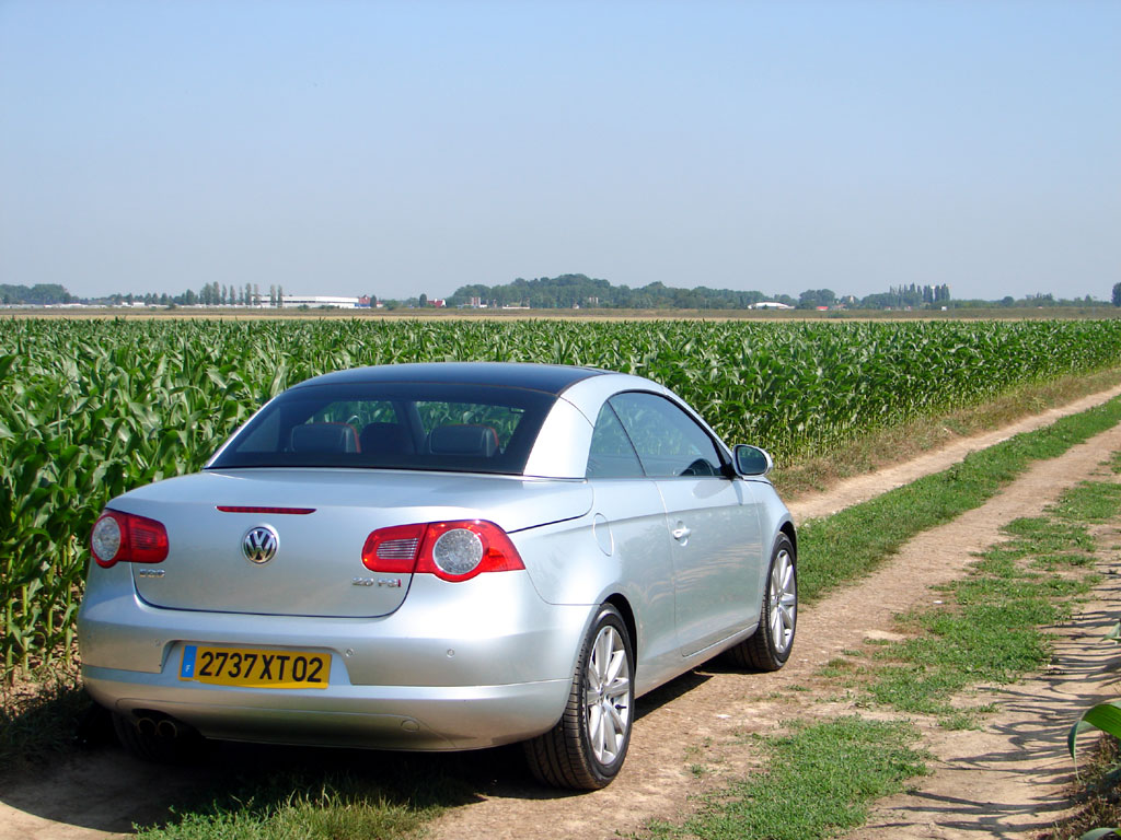 /photo/VOLKSWAGEN-eos-2.0-fsi-2267.jpg
