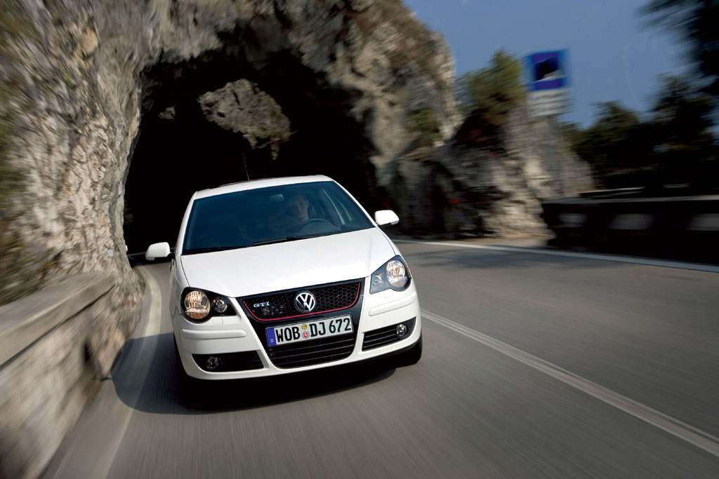 /photo/VOLKSWAGEN-polo-gti-mk6-1858.jpg